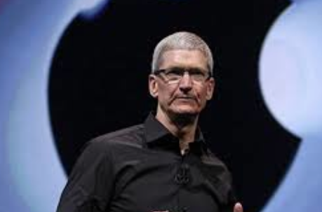 tim-cook-apple-ceo-pizza-indiana-gay-rights-saudi-arabia-apple-mcclures