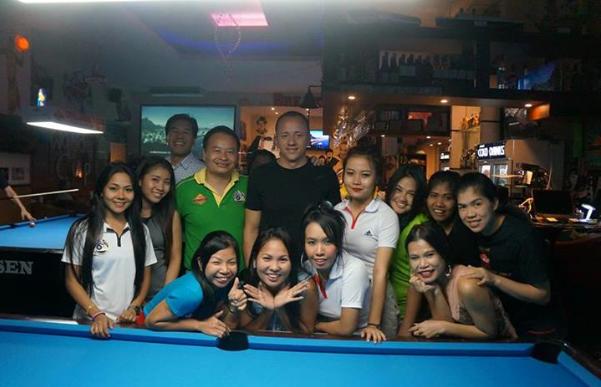 breakers-pool-hall-bangkok-shane-van-boening