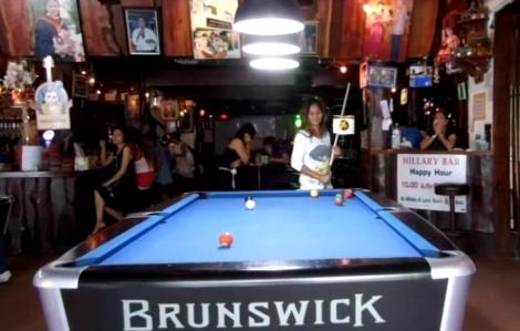 hillary4-pool-bar-bangkok