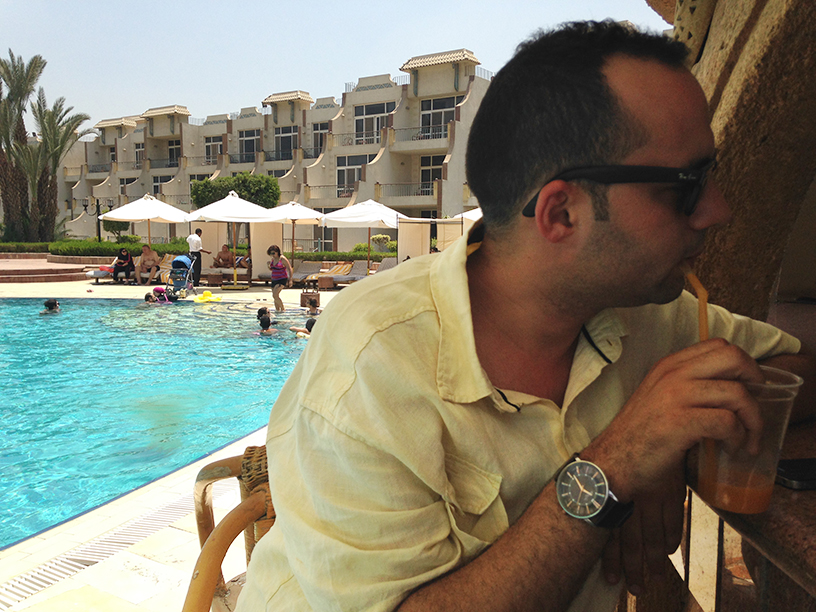 egypt-guide-pool-beer-islam-alcohol-muslim-immigration-syria-refugees