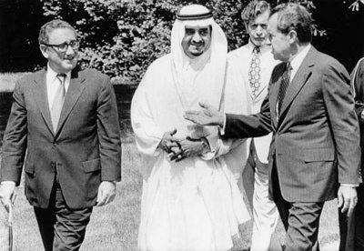 nixon-kissinger-saudi-arabia-oil-petrodollar