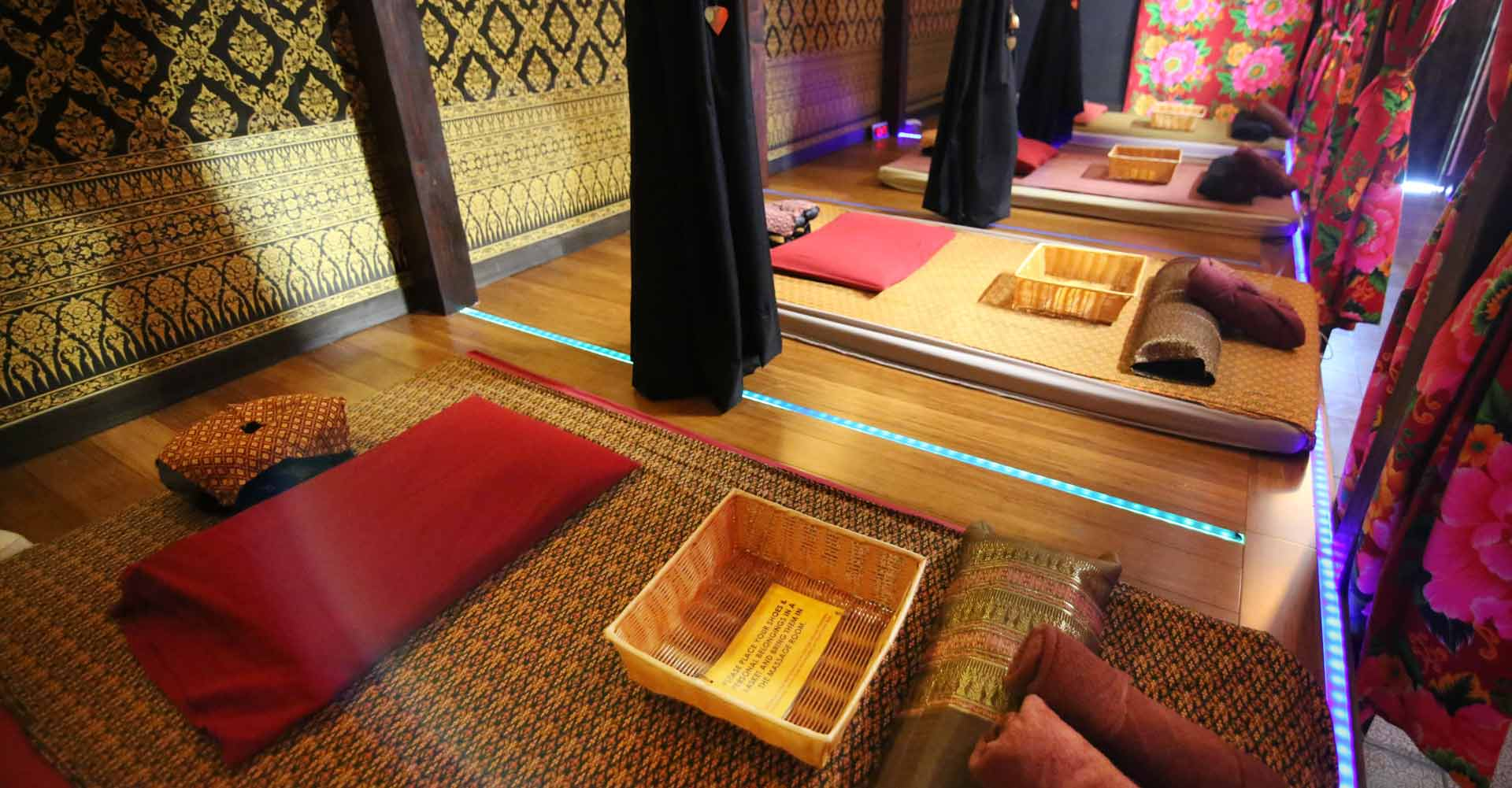 home-thai-massage-spa-mats-therapy-session-san-francisco